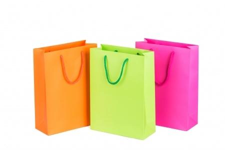 Aumône contre Shopping ? Ou comment dépenser dans le bien