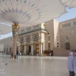 40 – Musulmanes dans un lieu saint et somptueux!