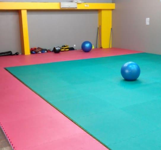 le elle club salle de sport pour femmes vous ouvre ses portes. Black Bedroom Furniture Sets. Home Design Ideas