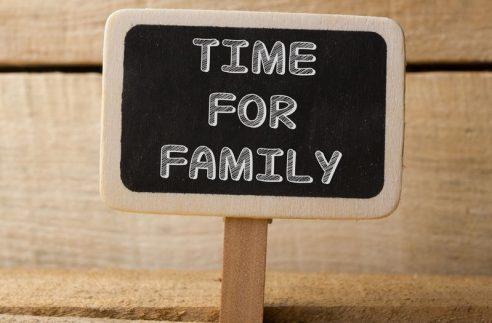 équilibre famille, travail, religion-min