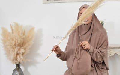 La robe de priere idéale pour se tenir devant Allah
